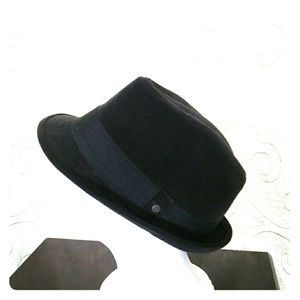 Stetson fedora for men. Black
